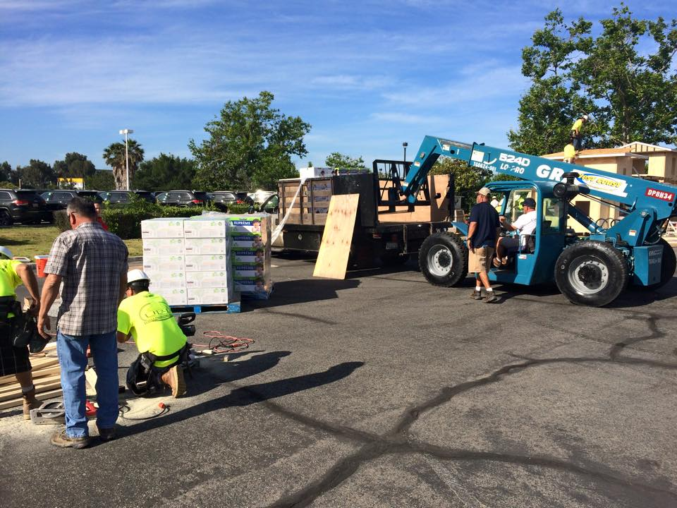 Gradall 524 LoPro forklift helps with the Builders 4 Babies diaper drive 2015